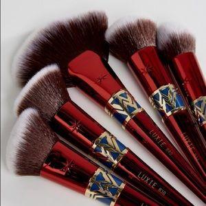 Luxie Wonder Woman Brush Kit
